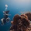 Esplorazione di un fondale marino con una carrozzella ad eliche