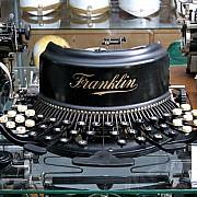 museo nicolis macchine da scrivere antiche
