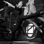 robert doisneau cours d adage a l opera paris 1950