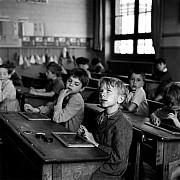 robert doisneau l information scolaire paris 1956 grande