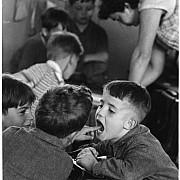 robert doisneau la dent paris 1956 67
