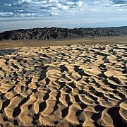 yann arthus bertrand gurvan saikhan gobi mongolia