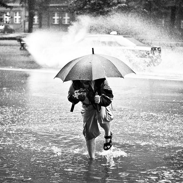Fotografare sotto la pioggia associazione millenuvole for Sotto la pioggia ombrelli