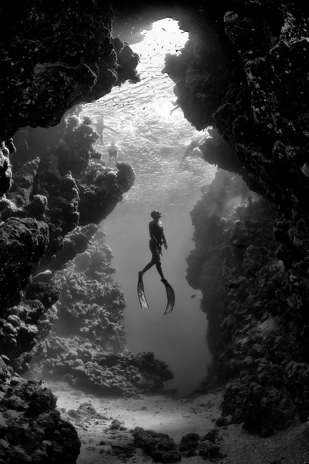 Mar Rosso -- copyright Jacques de Vos