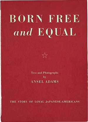 Copertina del libro realizzato da Ansel Adams sul campo di prigionia di Manzanar