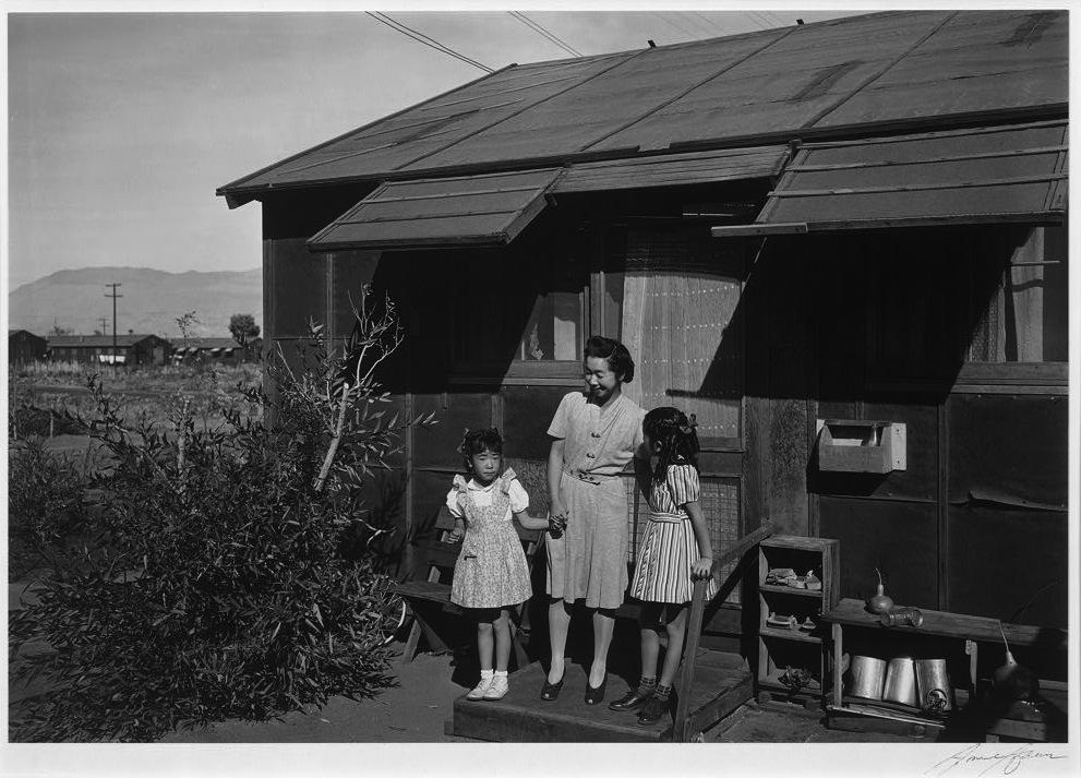 Vita nelle baracche del campo di Manzanar