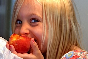 Una sana alimentazione comprende tanta frutta e verdura