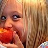 15 modi per far mangiare ai bambini frutta, verdura, legumi,...